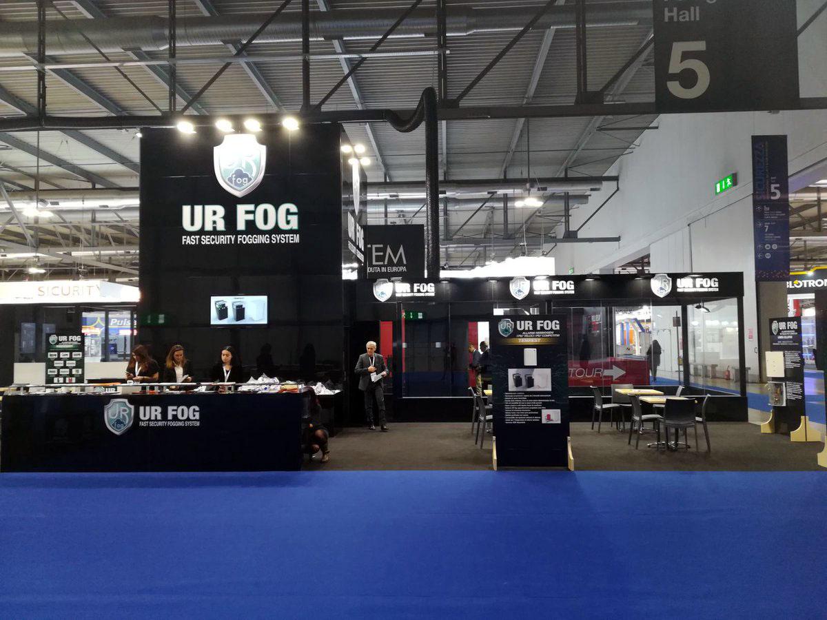 Генераторы охранного тумана UR FOG на выставке